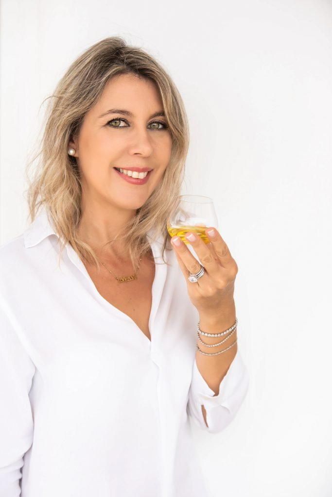Anita Zachou is an agricultural engineer and professional olive oil taster in Mykonos, Greece.