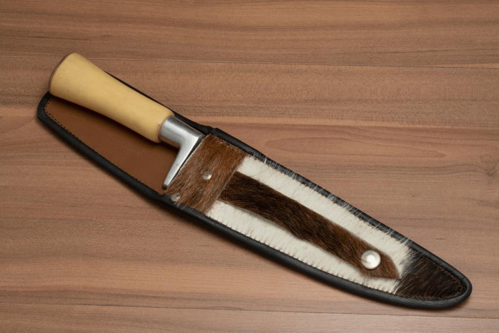 knife storage - individual sheath